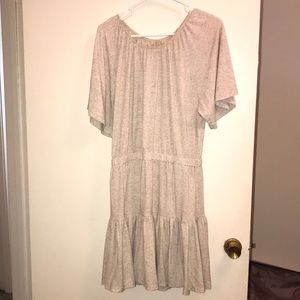 Chelsea & Violet beige short sleeve dress